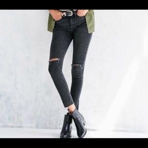 BDG Crop Twig High Rise Distressed Skinny Jeans 29